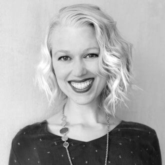 """""""Come in, we're open - The parallels between physical and digital marketplaces"""" with Erin Weigel"""